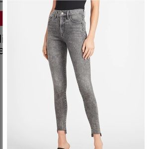 Express mid rise faded black skinny jeans- long